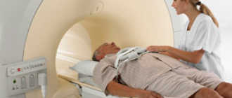 Как часто можно делать МРТ позвоночника: противопоказания, вред